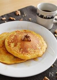 『人参とくるみのホットケーキ。朝食に、おやつに♪』