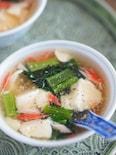 あと1品に。かにかまと豆腐のヘルシーとろみスープ