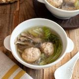 鶏だんごと白菜の春雨スープ。具沢山!やさしい和風味。