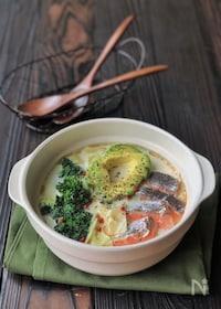 『『美ボディ鍋』*ビタミン野菜とサーモンのアボカドミルク鍋*』