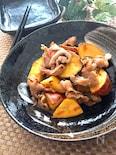 味付けいらずで簡単美味しい♡豚こまとさつま芋の梅塩昆布炒め
