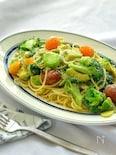 アボカドとしらすと色々野菜のパスタ