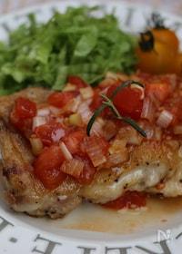 『鶏もも肉のソテー、焼肉のタレソース』