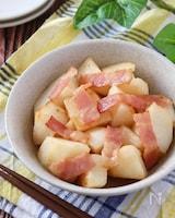 カリカリ香ばしベーコンと長芋の白だし炒め