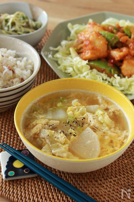 白菜、大根、たまごの中華スープ