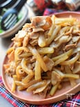 焼き肉のタレ+オイスターde豚バラ肉と大根のこく旨炒め♡