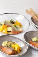 夏野菜と鮭の甘酢づけ