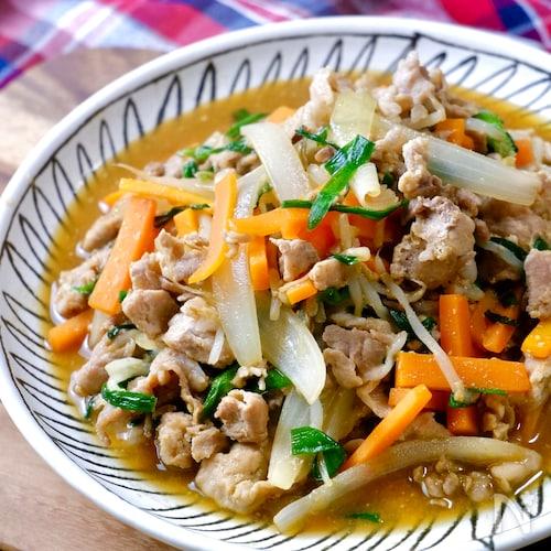 男子が喜ぶ♡『スタミナ肉野菜炒め』焼肉のタレ×味噌の最強タレ