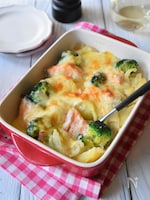 鮭とブロッコリーの豆乳グラタン
