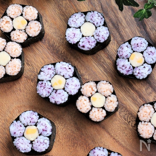 桃の花【飾り巻き寿司】