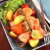 お弁当にも◎♬︎【鮭とじゃがいものバタポン照り焼き】