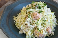 鮭と切り干し大根入りコールスローサラダ