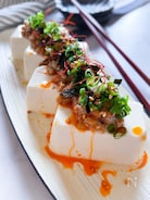 激うま‼︎ のせるだけピリ辛納豆腐