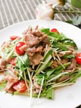 野菜がたっぷり食べられる!しょうが焼きと水菜の温サラダ