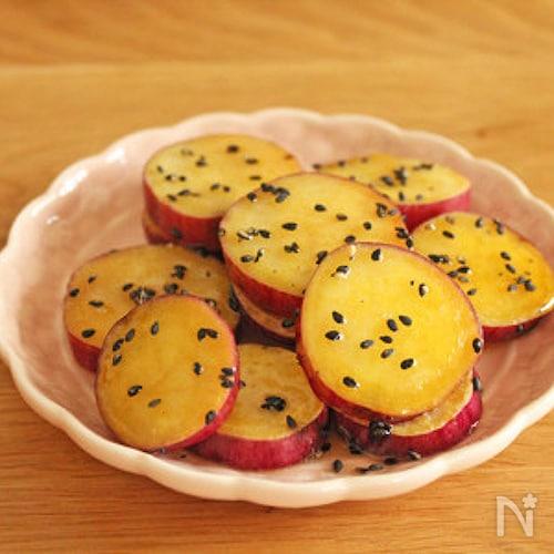 簡単さつまいもレシピ♪お弁当にも♪揚げない大学芋
