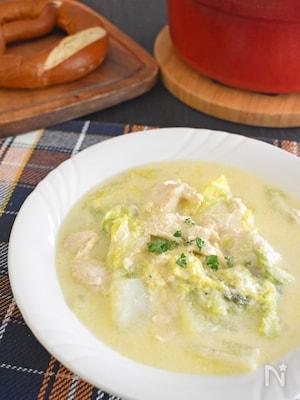 【主材料3つ】白菜たっぷりチキンスープ