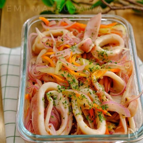 ポリ袋で簡単!*イカと野菜のデリ風マリネ*