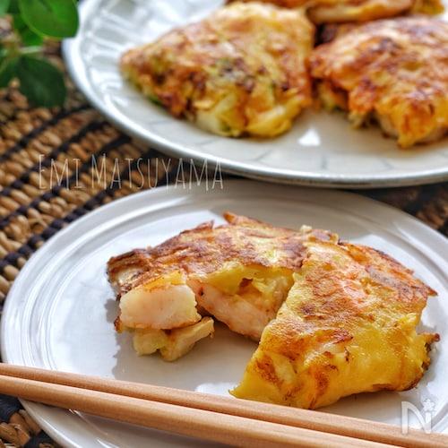 小麦粉不要!*むき海老とキャベツとチーズのほぼ具のおやき*