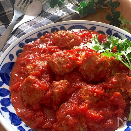 お口でとろける♡ふわふわ豆腐入りミートボール和風トマト煮込み