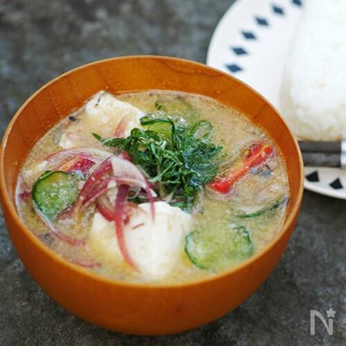 サバ缶で作る冷や汁