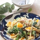 和風にハマる♡ゆで卵とブロッコリーのおかかマヨマカロニサラダ