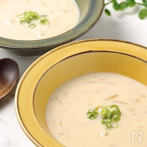 冷たくて美味♪手軽に作れる豆乳味噌スープ