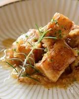 玉ねぎの水分だけで煮込む〜豚バラ肉のナポリ風ジェノベーゼ〜