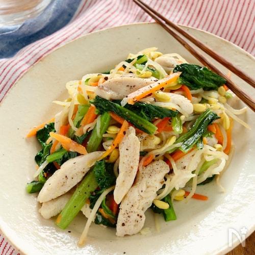 たっぷり野菜と鶏肉の塩バター炒め
