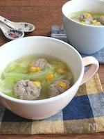 ほっこり♪コーン団子とキャベツの具沢山スープ