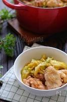 *春キャベツと鶏肉の味噌バター蒸し*