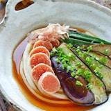 〝半熟明太子と夏野菜の焼き浸しのせ〟スッキリ冷やしうどん