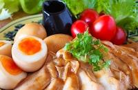 レンジで完成&おまけの味玉も嬉しい♪絶品鶏チャーシュー&味玉