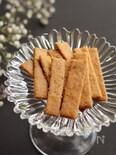 噛みごたえ最高!米粉の堅焼きチーズペッパービスケット