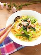 フライパンひとつで簡単♪ 小松菜とベーコンのスープパスタ