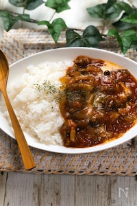 無水調理☆旨味と栄養が凝縮!!トマトのハヤシライス