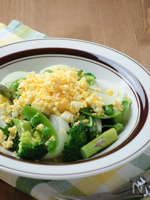 春野菜のグリーンサラダ