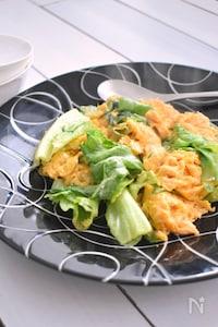 【3分で完成!】ふわふわ卵とレタスの中華風炒め