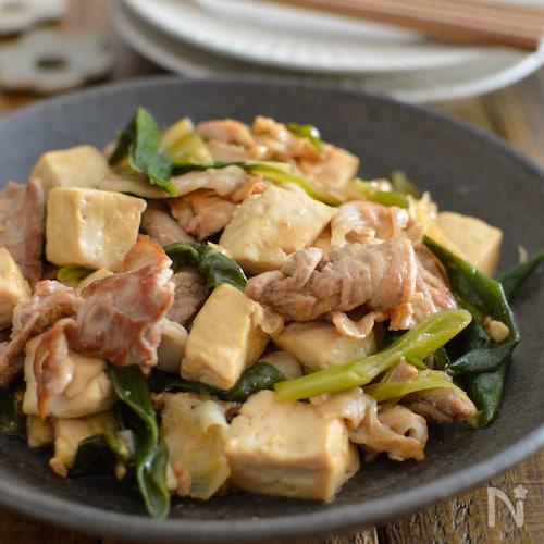 豚肉と豆腐と長ねぎの炒めもの。ご飯が進む、簡単おかず!
