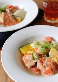 『鮭と根菜の生姜豆乳煮』