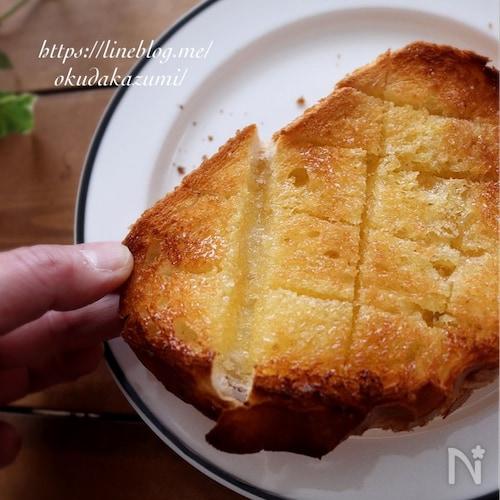 絶品!!癖になる*はちみつ塩バタートースト