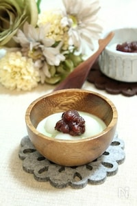 ホット抹茶ミルクと小豆の白玉だんご