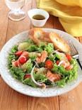 サーモンとグレープフルーツのサラダプレート