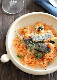 『秋刀魚とオリーブのトマトリゾット風』