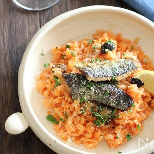 秋刀魚とオリーブのトマトリゾット風