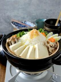 豆腐と豚しゃぶと大根のあっさりみぞれ鍋