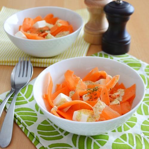 Wチーズのキャロットサラダ。ペロリと食べられちゃう!