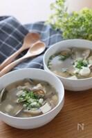 旨味たっぷり*6分火にかけるだけ♡あさりと豆腐の生姜スープ