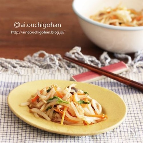 電子レンジで3分♡1袋で大満足のもやしの中華風サラダ♡