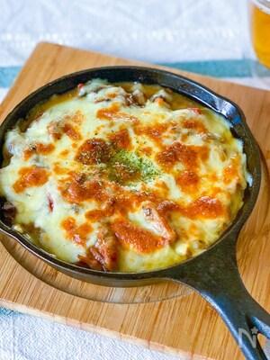 超カンタン!サバ味噌トマトのチーズ焼き