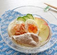 水と顆粒だしで簡単。冷やして美味しい。「韓国冷麺風そうめん」